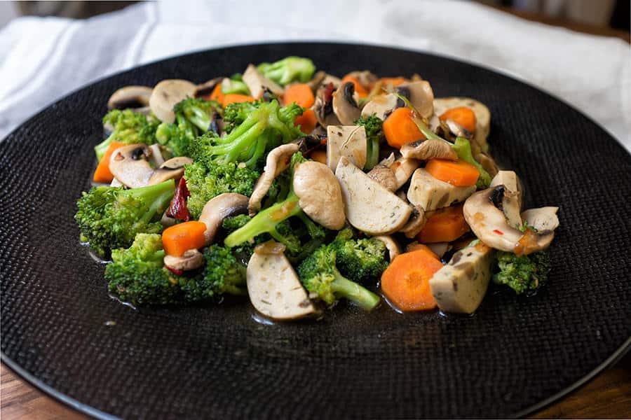 receta con brocoli zanahoria y champiñones