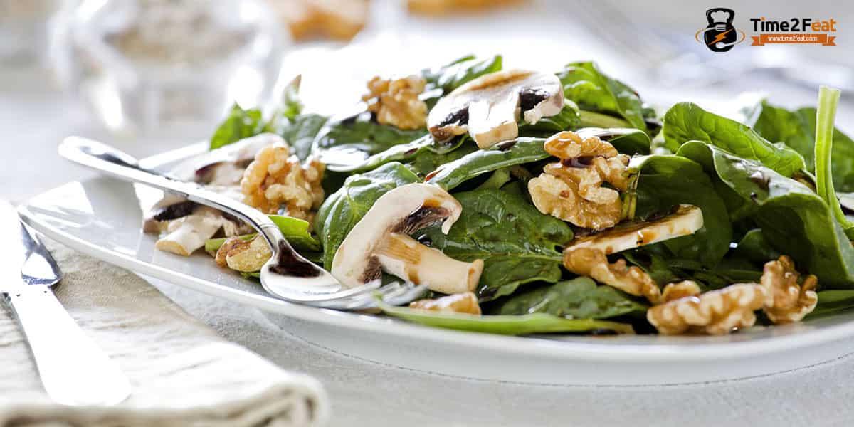 cenas ligeras rapidas saludables recetas ensalada espinacas champinon