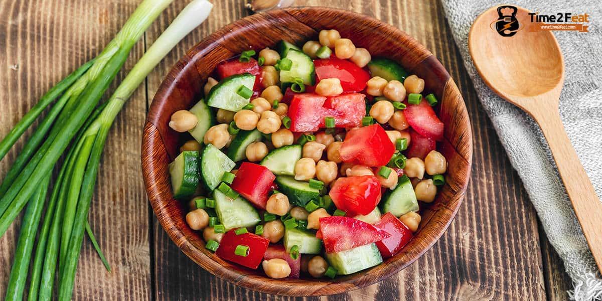 recetas playa saludables ensalada garbanzos tomate pepino cebollino