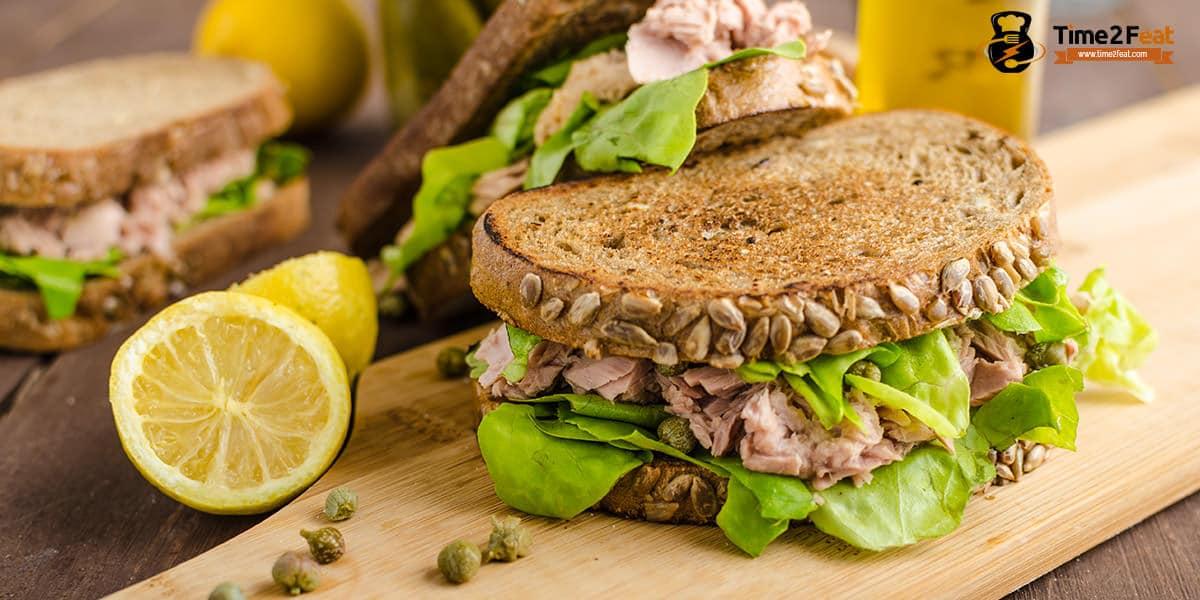recetas playa saludables sandwich pan semillas atun lechuga