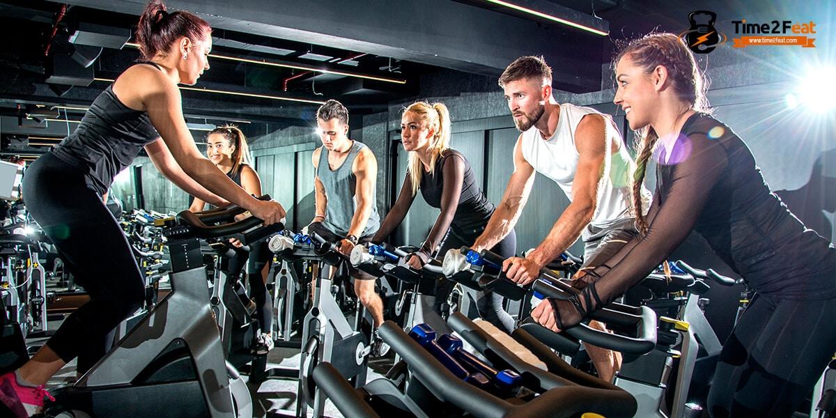mejores clases colectivas gimnasio en grupo ejercicio entrenamiento efectivas spinning